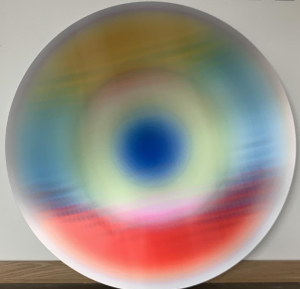 Lenticular Spheres